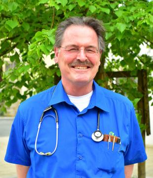 DR. MED. W. MECHLER